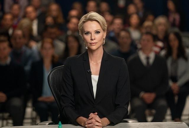 「FOXニュース」のトップに君臨するキャスターのメーガン・ケリー役を熱演!