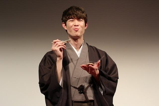 宮沢氷魚、芝居の初キスは同性カップル演じた藤原季節!「杏さんより先」 - 画像7