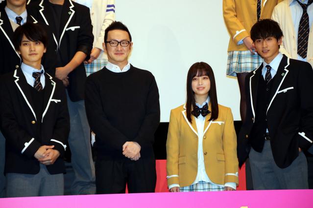 会見に出席した橋本環奈、小関裕太、瀬戸利樹、中村獅童