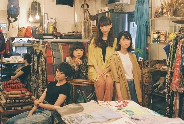 (左から)萩原みのり、古川琴音、穂志もえか、中田青渚