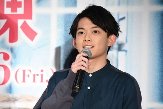 永野芽郁、映画単独初主演・坂口健太郎の座長ぶりに最敬礼