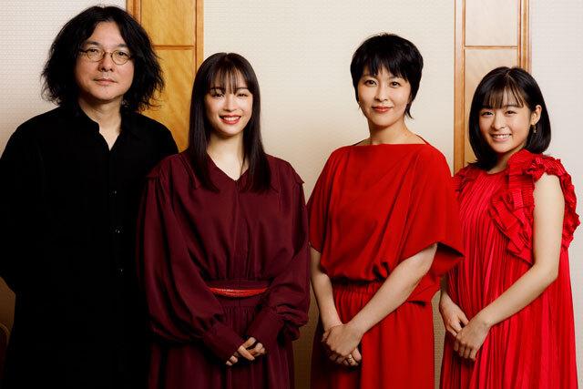 取材に応じた(左から)岩井俊二監督、広瀬すず、松たか子、森七菜
