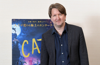 「キャッツ」監督、作品批判に「想像の壁壊して」 「レミゼ」修正の秘密も初告白