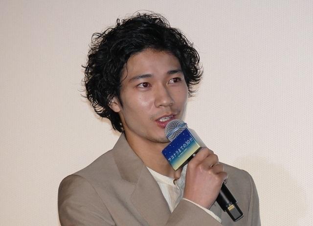新田真剣佑&北村匠海、W主演作公開に感無量 互いの労をねぎらう