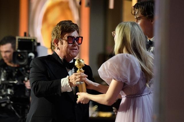 エルトン・ジョンは「ロケットマン」で主題歌賞を受賞