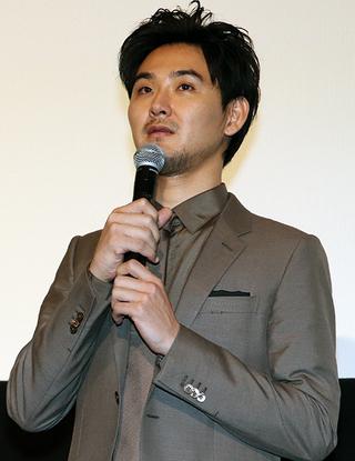 綾野剛、「影裏」で初共演の松田龍平の冷めん論に苦笑「ちゃんとしようよ」