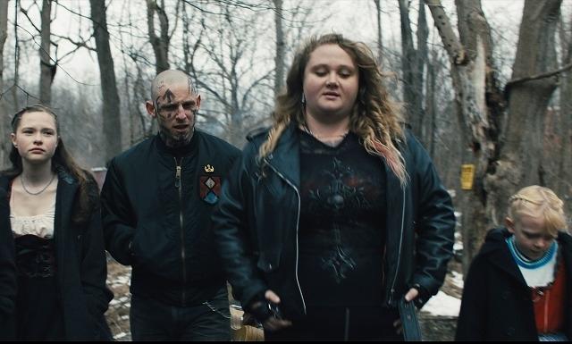 レイシストとして生きてきた若者の苦悩と贖罪 ジェイミー・ベル主演「SKIN」5月公開 - 画像1