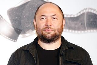 史上初の全編縦長映画、ロシアの鬼才ティムール・ベクマンベトフが監督