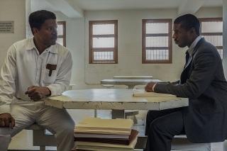 ジェイミー・フォックス、難役の演技論を明かす 「黒い司法」インタビュー映像
