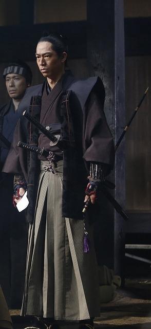 越後長岡藩家老・山本帯刀を演じるEXILE AKIRA