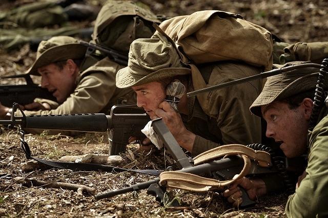 ベトナム戦の銃弾降り注ぐ最前線を体感! 「デンジャー・クロース」極限本編映像を独占入手