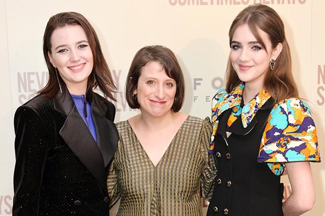 エリザ・ヒットマン監督、シドニー・フラニガン、タリア・ライダー(左から)