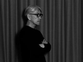 坂本龍一のオーケストラ公演やYMOのライブ映像がYouTubeで期間限定公開