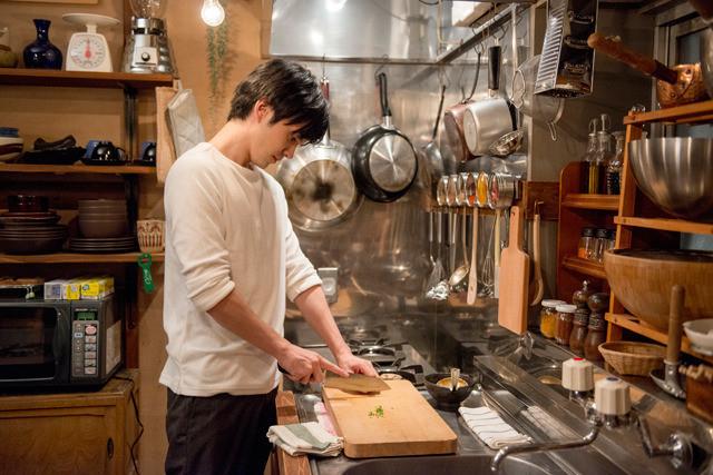 「にがくてあまい」 (C)2016 映画「にがくてあまい」製作委員会 (C)小林ユミヲ/マッグガーデン