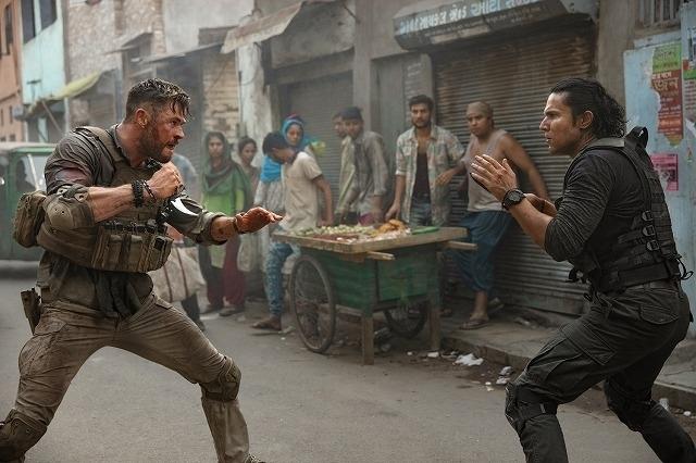 クリス・ヘムズワース主演のNetflix映画「タイラー・レイク 命の奪還」続編製作が決定
