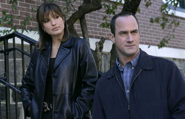 「LAW & ORDER 性犯罪特捜班」シーズン22にエリオットがカムバック