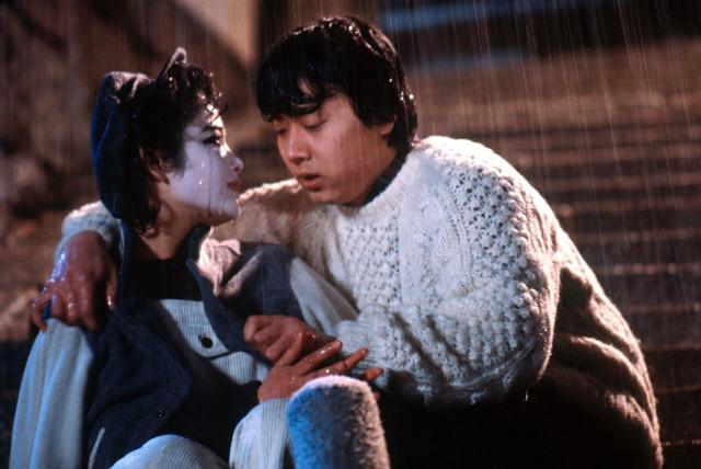 尾美としのり、富田靖子が共演した「さびしんぼう」