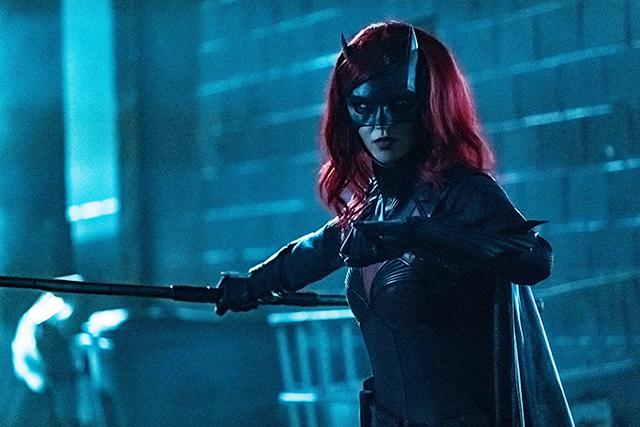 主演女優降板の「バットウーマン」、シーズン2は新キャラでリブート