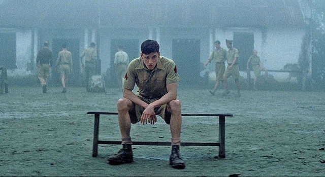 仏領インドシナ、青年兵士の静かな復讐を描く戦争ドラマ「この世の果て、数多の終焉」予告編