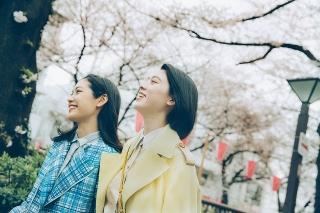 三吉彩花×阿部純子「Daughters」主題歌はchelmico! 苦くも美しい10カ月を映す予告完成