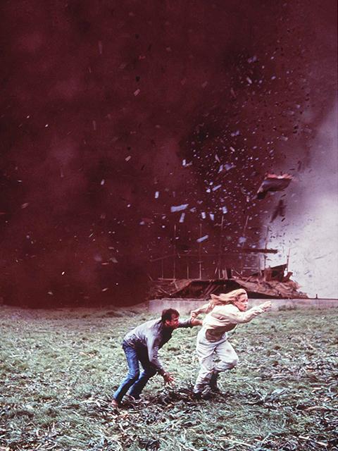 米ユニバーサル、竜巻パニック映画「ツイスター」をリブート