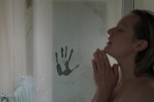 【「透明人間」評論】ハイテク透明人間の影に怯えながら、ヒロインは戦いに挑む!!