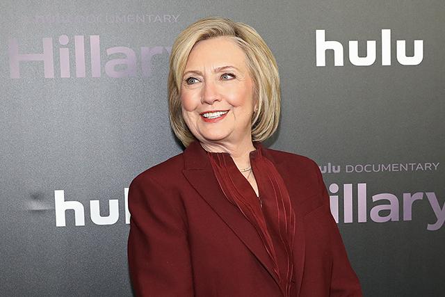 もしヒラリーがビル・クリントン元大統領の妻でなければ?別の人生描く ...