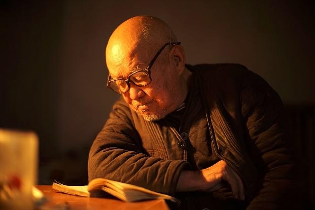 """【中国映画コラム】全てが""""死""""との対話だった ワン・ビン監督が語る8時間26分の超大作「死霊魂」"""