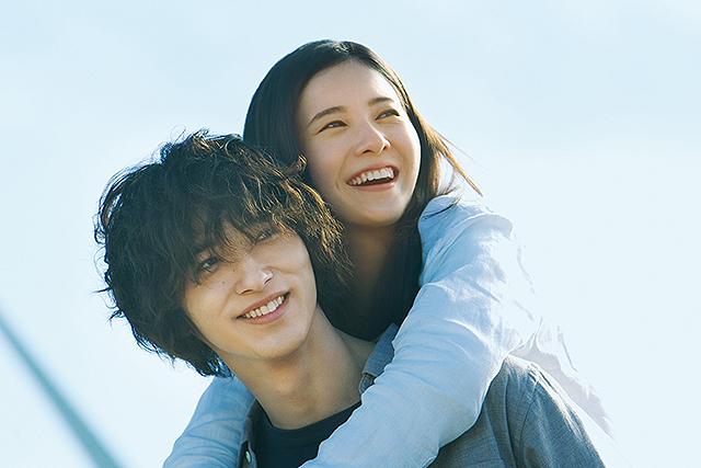 BTSの主題歌にのせ吉高由里子&横浜流星の切ない愛を紡ぐ「きみの瞳が問いかけている」特別映像