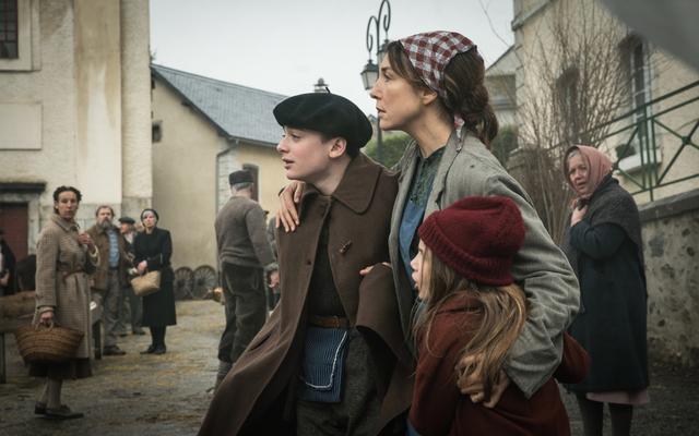 ノア・シュナップ主演、ナチス占領下で少年が秘密の救出作戦に参加「アーニャは、きっと来る」11月27日公開 - 画像6