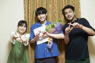 「SixTONES」松村北斗×森七菜「ライアー×ライアー」 クランクアップ&メイキングおさめた映像公開