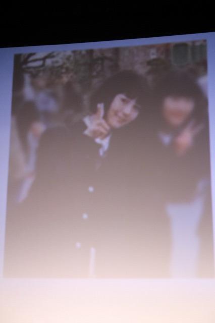 浜辺美波、学生たちの青春写真に涙 北村匠海「後悔しない夏を感じてほしい」 - 画像12