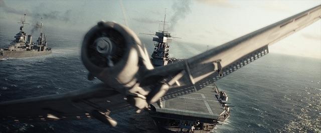 日米双方の視点で歴史的海戦が描かれる