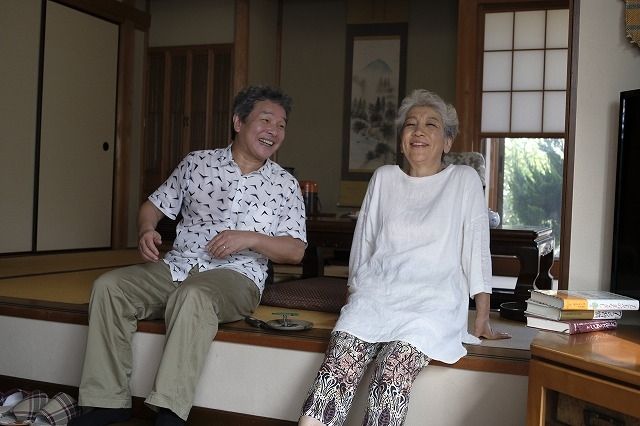 亡き妻への思いをつづったエッセイ「感謝離」が映画化! 尾藤イサオ&中尾ミエがW主演