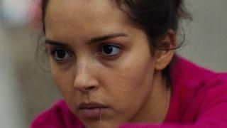 イスラム過激派が強いる黒いベールに抵抗 ファッションへの情熱を映した「パピチャ」本編映像