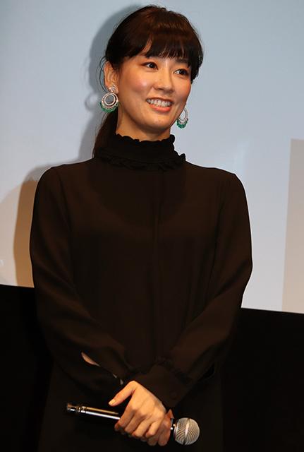 水川あさみ、主演映画「滑走路」は「寄り添って肩を組んでくれる映画」