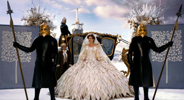 「白雪姫と鏡の女王」