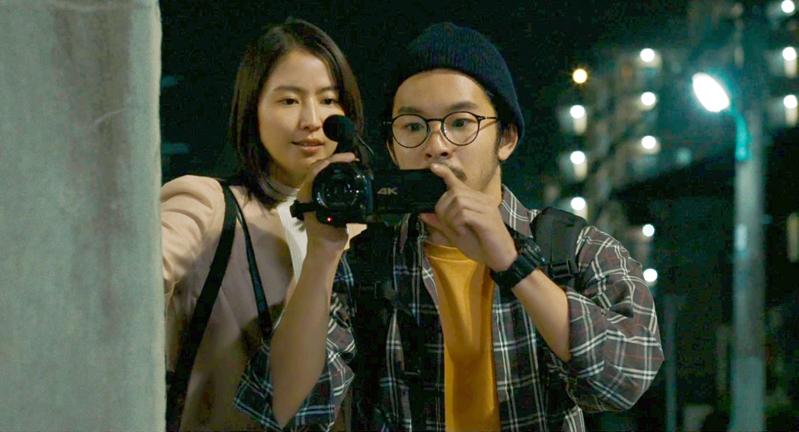 仲野太賀&長澤まさみが元殺人犯を密着取材するテレビマンに 「すばらしき世界」場面写真公開