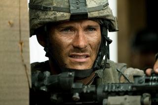 """50人の米軍兵VS300人のタリバン兵! アフガンでの""""最悪の戦闘""""描く「アウトポスト」3月公開"""