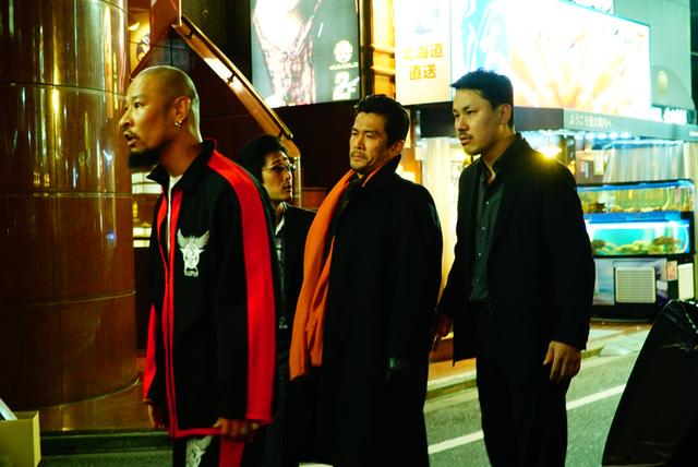 綾野剛主演 実写版「ホムンクルス」場面写真20点一挙公開 映画版は原作にないオリジナル展開も - 画像7