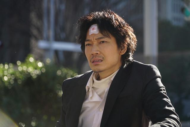 綾野剛主演 実写版「ホムンクルス」場面写真20点一挙公開 映画版は原作にないオリジナル展開も - 画像13