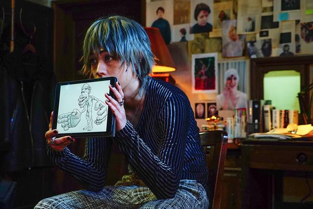 綾野剛主演 実写版「ホムンクルス」場面写真20点一挙公開 映画版は原作にないオリジナル展開も - 画像20