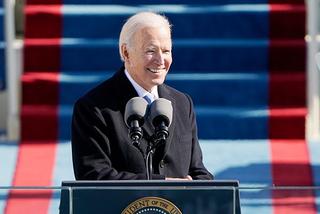 バイデン米大統領就任式の中継視聴者数、トランプ前大統領超え