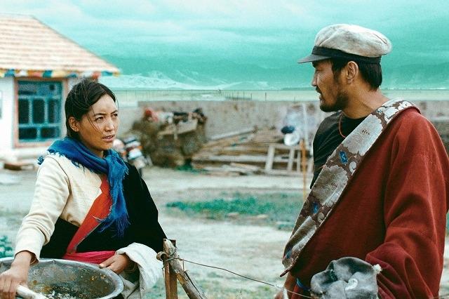【中国映画コラム】「羊飼いと風船」から紐解く創作の心得 チベット映画の先駆者・ペマツェテンの実像に迫る