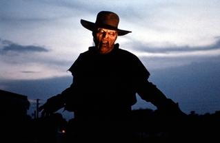 【ホラー映画コラム】「ジーパーズ・クリーパーズ」公開から20年経った今でも色褪せない、唯一無二の恐怖が味わえる逸品