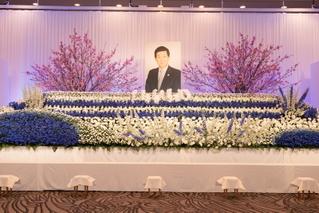 東映・岡田裕介会長と2000人が最後の別れ、吉永小百合「心から感謝」
