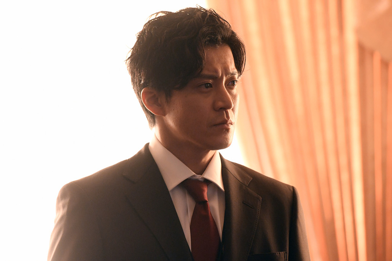 小栗旬主演「日本沈没」劇中カット初披露! 松山ケンイチ、杏、香川照之ら強烈な存在感