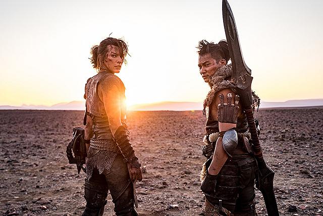 【映画.comアクセスランキング】「シン・エヴァンゲリオン劇場版」V3、「モンスターハンター」は2位、「ノマドランド」7位にアップ