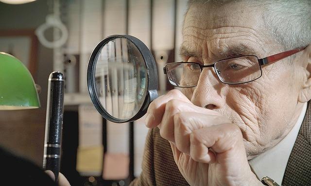"""アカデミー賞にノミネートされた""""史上最も心温まるスパイ映画"""" 83歳の新人スパイが奮闘する予告編"""