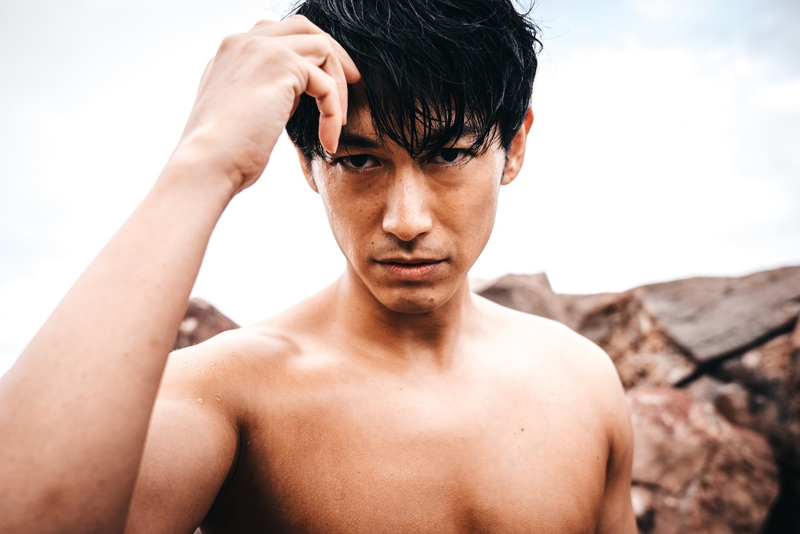 DEAN FUJIOKA、究極の肉体美を披露 初写真集発売、故郷・福島でオールロケ